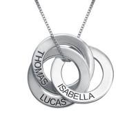 Gravure d'un collier avec 3 anneaux prénom en argent