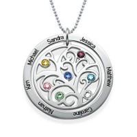Médaille gravée arbre généalogique en argent avec pierres de naissances personnalisées