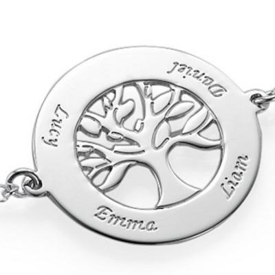 Gravure texte sur un pendentif bracelet cercles avec arbre de vie