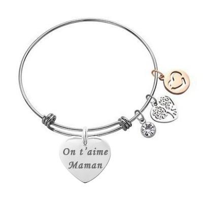 bracelet charms argenté avec un pendentif coeur texte