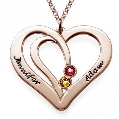 Médaille gravée couple cœurs prénom