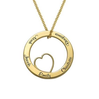 Gravure texte sur un collier cercle avec coeur ajouré à l'interieur en plaqué or