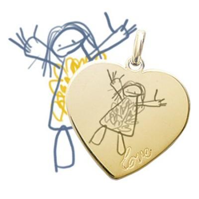 """Grand médaillon coeur """"LOVE"""" plaqué or gravé avec un dessin d'enfant"""