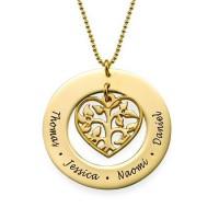 Gravure texte sur un collier cœur arbre de vie ajouré pour les fêtes.