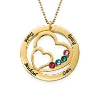 Gravure texte sur un collier cercle prénoms plaqué or.